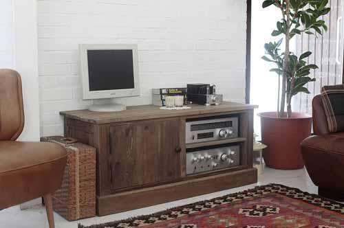小さめの古材テレビボード