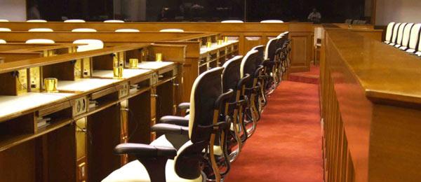 香港の国会でもエルゴヒューマンを使っています