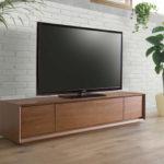 高級感のあるオール木質系TVボード!リモコン通ります。