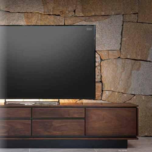 ウォールナットの高級テレビボード